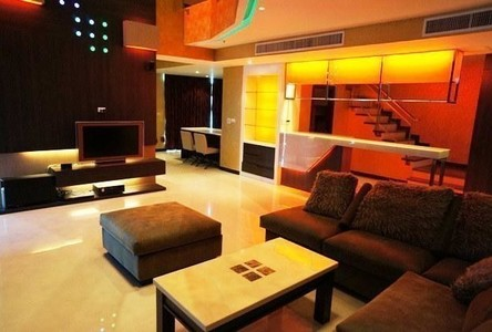 For Sale 4 Beds Condo Near BTS Nana, Bangkok, Thailand