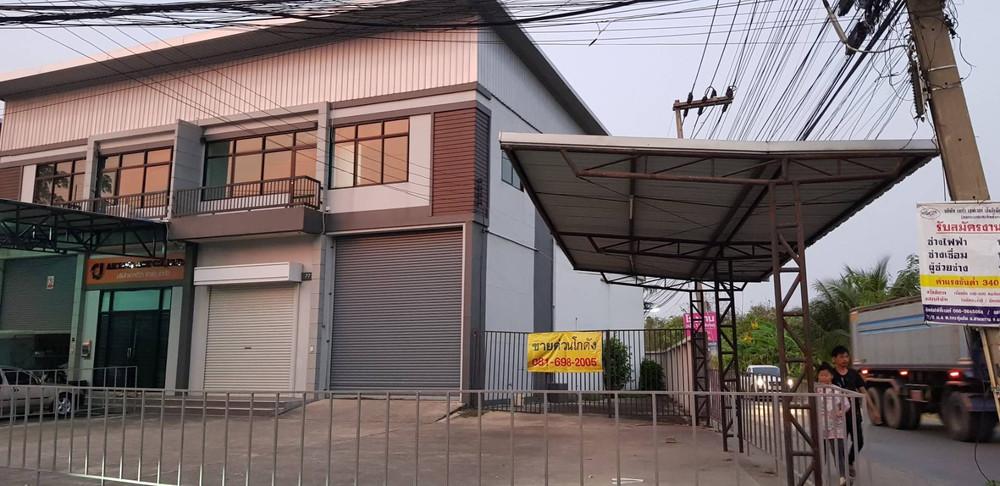 Продажа или аренда: Склад 215 кв.м. в районе Sam Phran, Nakhon Pathom, Таиланд   Ref. TH-KLUNTQUD