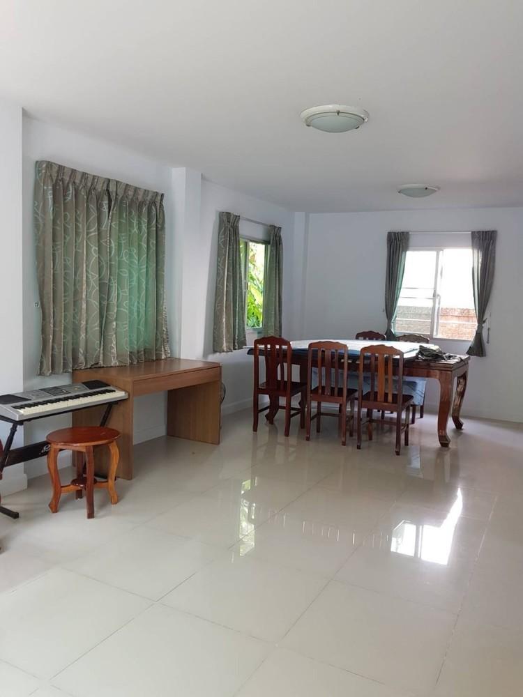 For Sale or Rent 3 Beds House in Bang Phli, Samut Prakan, Thailand | Ref. TH-JCGJVCXZ