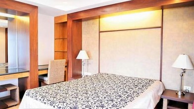 Located in the same area - SAWIT SUITES
