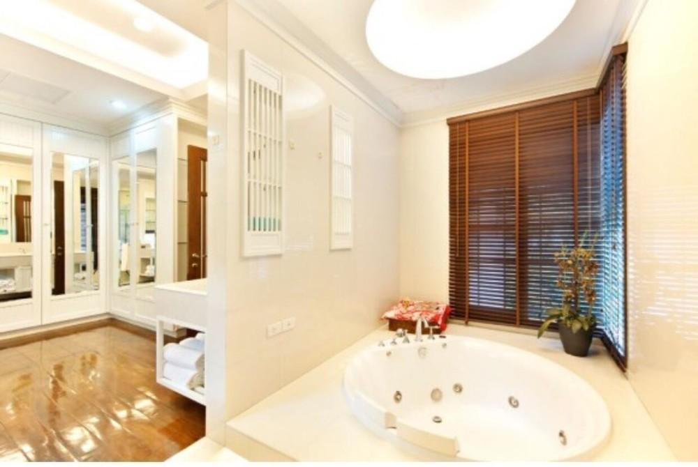 ให้เช่า บ้านเดี่ยว 4 ห้องนอน สาทร กรุงเทพฯ | Ref. TH-GPFXUWOF