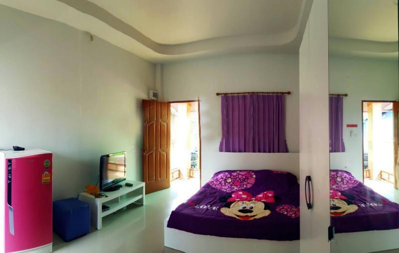 For Sale 3 Beds 一戸建て in Mueang Khon Kaen, Khon Kaen, Thailand   Ref. TH-YUWEMOXD