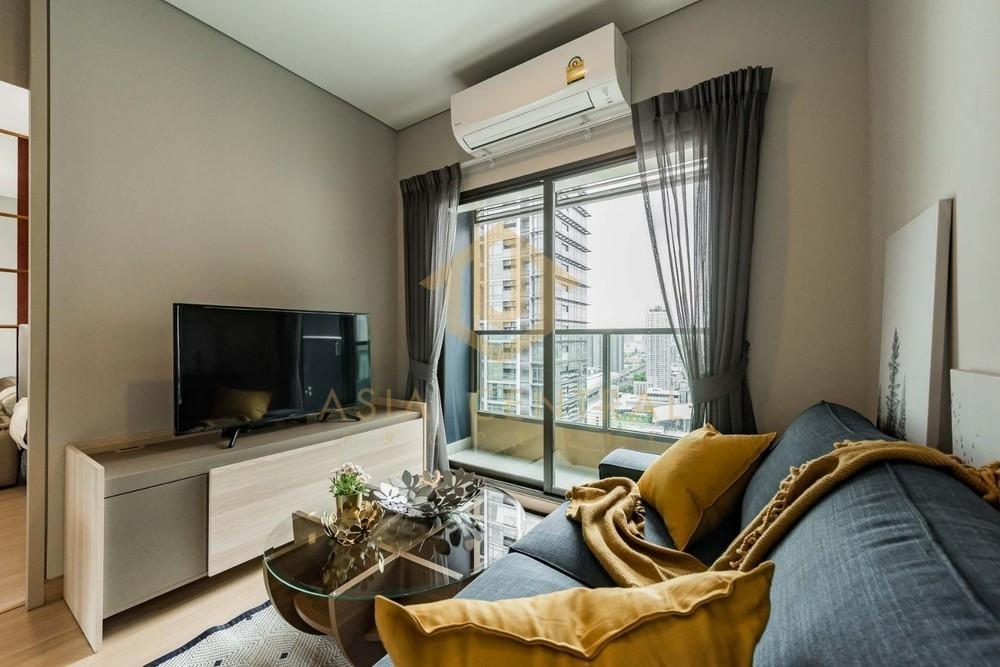 Lumpini Suite Phetchaburi - Makkasan - For Rent 2 Beds Condo in Watthana, Bangkok, Thailand | Ref. TH-QWTIZXHG