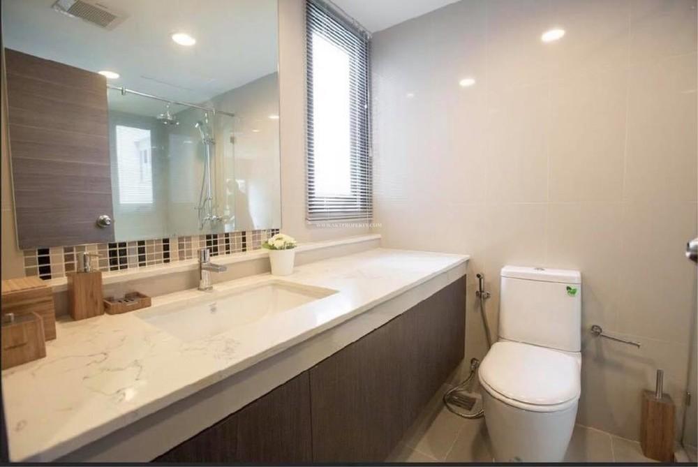 เรนด์ สุขุมวิท 23 - ขาย หรือ เช่า คอนโด 2 ห้องนอน ติด MRT สุขุมวิท | Ref. TH-LXBHTQTZ