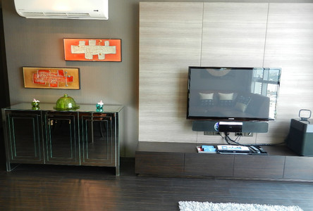 For Rent Condo 39 sqm Near BTS Phra Khanong, Bangkok, Thailand