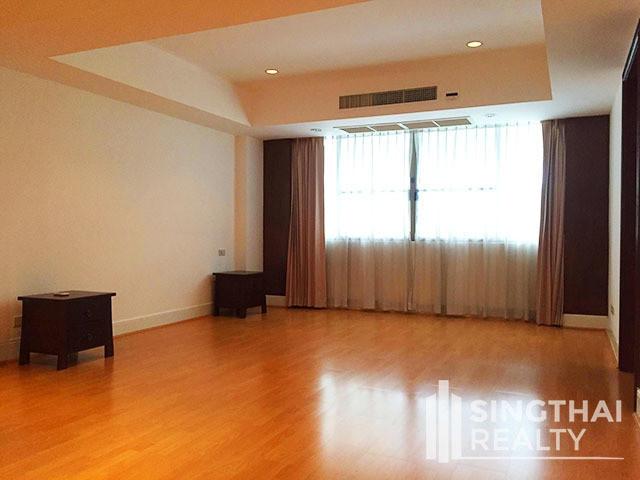 Phirom Garden Residence - For Rent 3 Beds Condo Near BTS Phrom Phong, Bangkok, Thailand | Ref. TH-JZLDIFNE