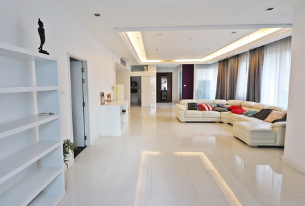 For Sale or Rent 5 Beds Condo in Watthana, Bangkok, Thailand