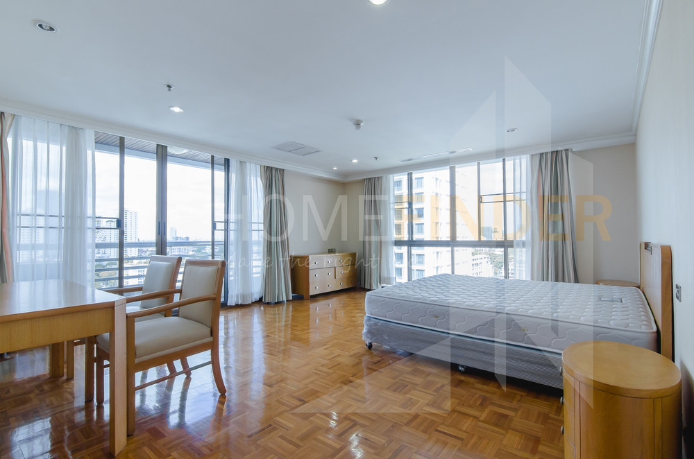 BioHouse service Apartment - For Rent 3 Beds Condo in Watthana, Bangkok, Thailand | Ref. TH-CMUTCLEN