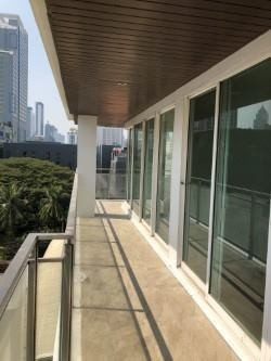 Urbana Sukhumvit 15 - For Rent 3 Beds Condo in Watthana, Bangkok, Thailand | Ref. TH-BCWYFPMA