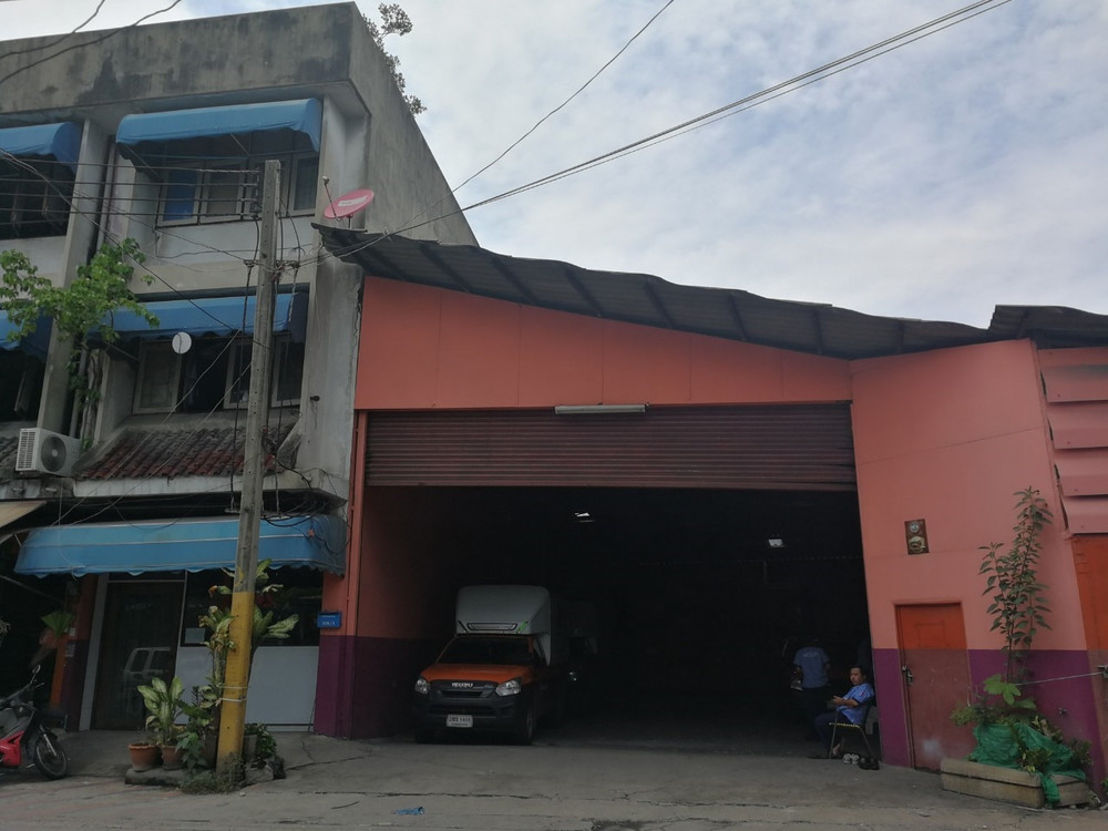 For Rent Warehouse 750 sqm in Phra Khanong, Bangkok, Thailand | Ref. TH-MMBNQKYA