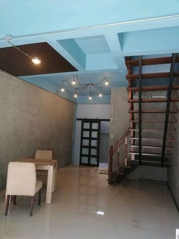 For Sale 2 Beds タウンハウス in Lam Luk Ka, Pathum Thani, Thailand | Ref. TH-LVIVDYRS