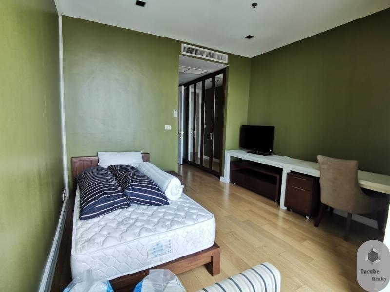 Athenee Residence - For Rent 4 Beds Condo Near BTS Phloen Chit, Bangkok, Thailand | Ref. TH-IEHKSQPS