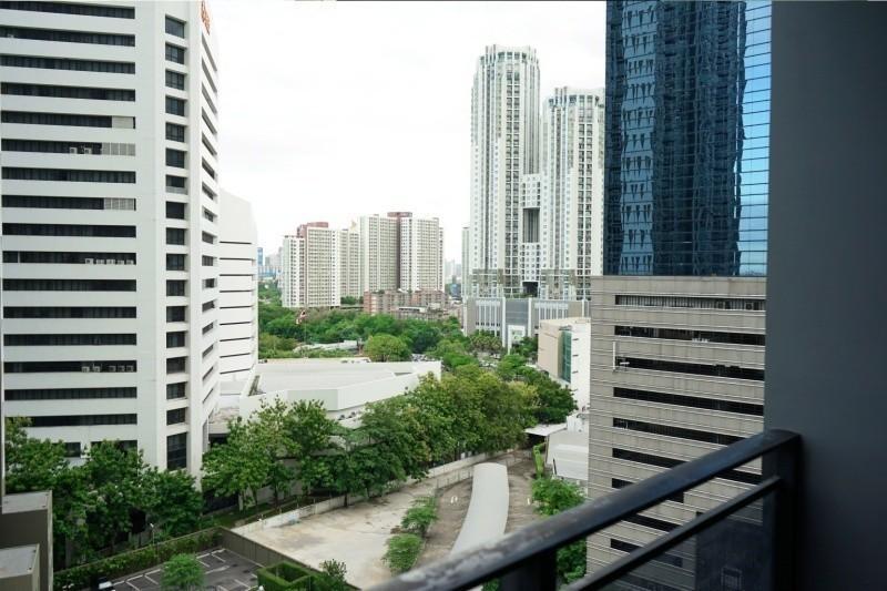 ไอวี่ แอมพิโอ - ให้เช่า คอนโด 2 ห้องนอน ติด MRT ศูนย์วัฒนธรรมแห่งประเทศไทย | Ref. TH-YZSCGHMN