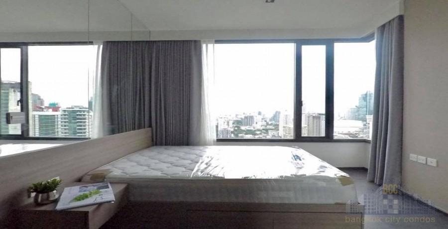 Edge Sukhumvit 23 - Продажа или аренда: Кондо c 1 спальней возле станции MRT Sukhumvit, Bangkok, Таиланд   Ref. TH-QERDMJMN