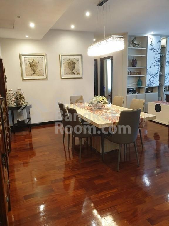 Wilshire - Продажа или аренда: Кондо с 3 спальнями в районе Khlong Toei, Bangkok, Таиланд | Ref. TH-JMMKKTZN