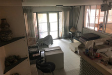 For Sale 5 Beds Townhouse in Phaya Thai, Bangkok, Thailand