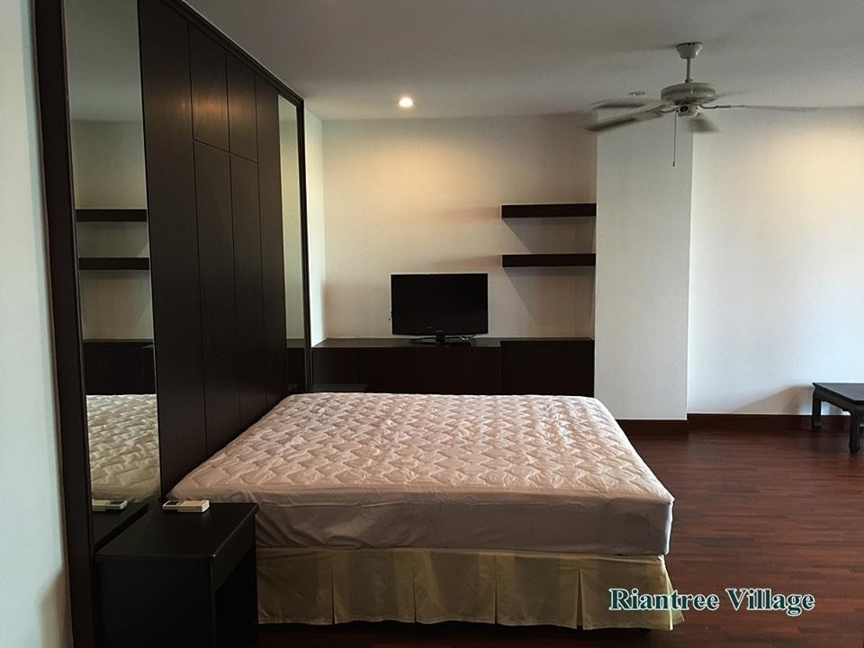 Raintree Village Apartment - For Rent 3 Beds Condo Near BTS Phrom Phong, Bangkok, Thailand | Ref. TH-MJSZJISO