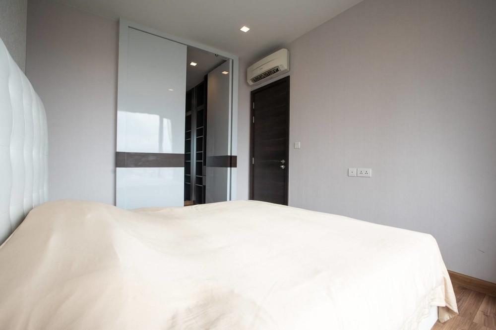ไอวี่ แอมพิโอ - ขาย คอนโด 1 ห้องนอน ติด MRT ศูนย์วัฒนธรรมแห่งประเทศไทย   Ref. TH-KUOEOQTR