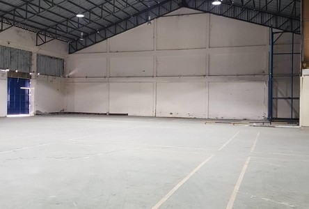For Rent Warehouse 2,910 sqm in Si Racha, Chonburi, Thailand