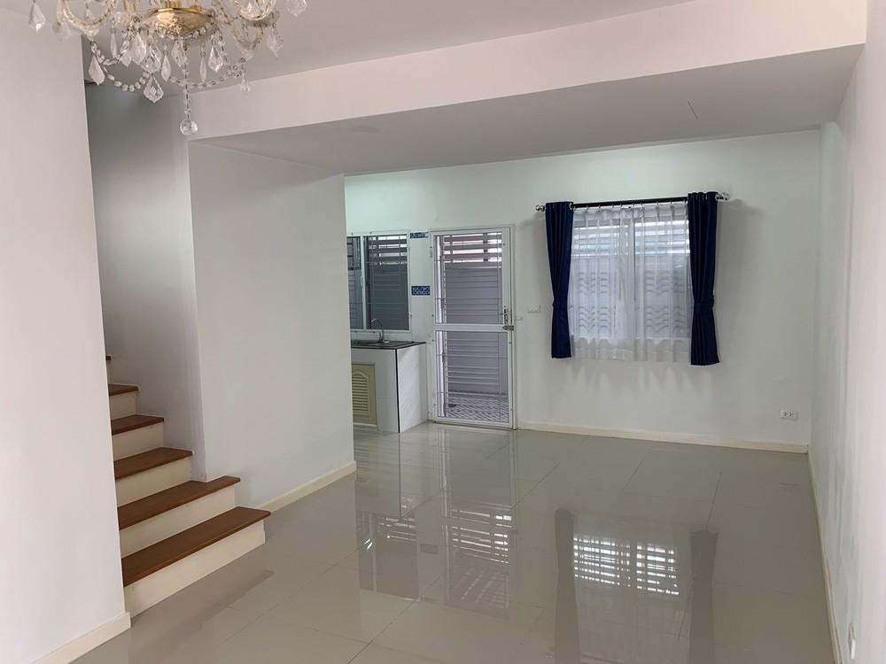 ขาย ทาวน์เฮ้าส์ 3 ห้องนอน ศรีราชา ชลบุรี | Ref. TH-MJPEUETF
