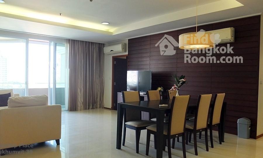 Piyathip Place - В аренду: Кондо с 3 спальнями возле станции BTS Phrom Phong, Bangkok, Таиланд | Ref. TH-NJKPRNIY