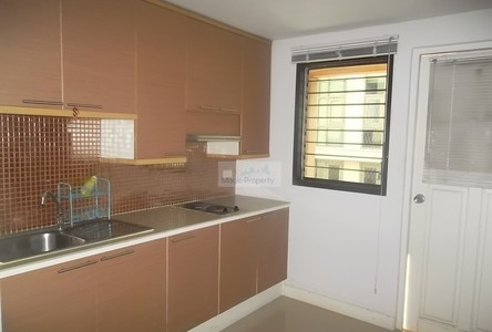 For Sale 3 Beds Condo Near BTS Thong Lo, Bangkok, Thailand