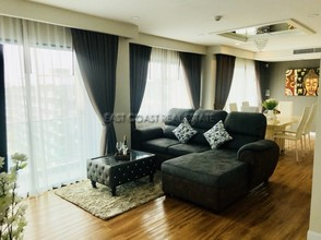 Located in the same area - Dusit Grand Park