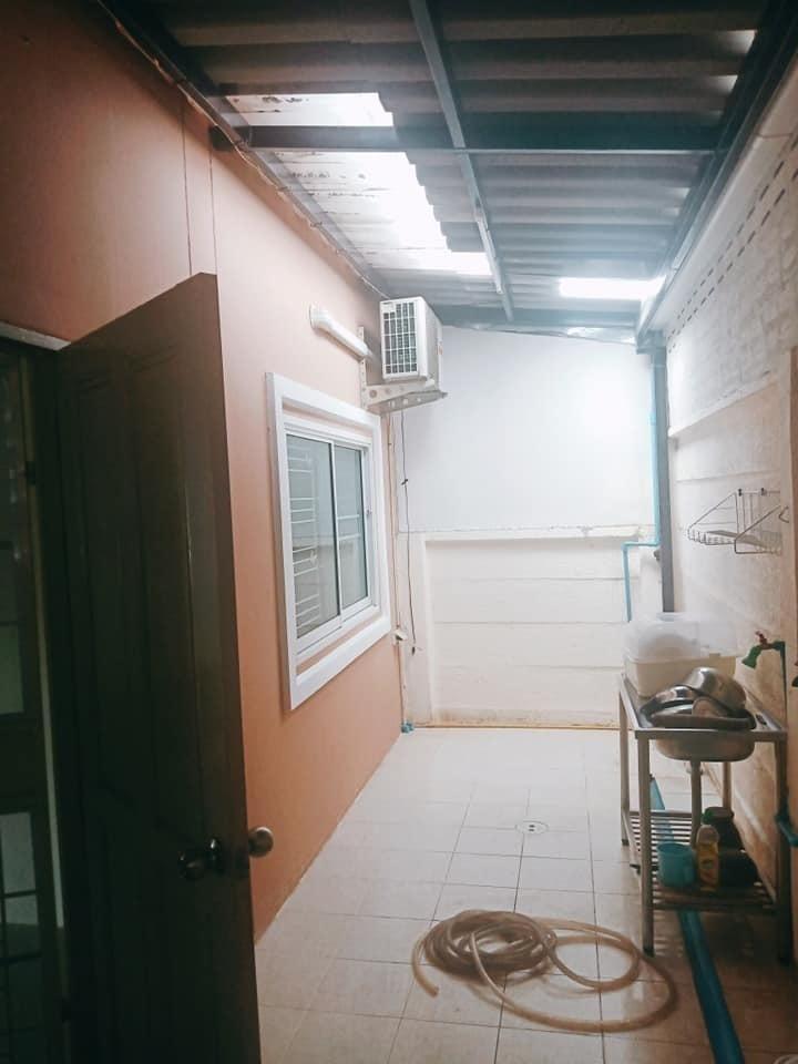 ให้เช่า ทาวน์เฮ้าส์ 2 ห้องนอน ศรีราชา ชลบุรี | Ref. TH-GBFEBORT