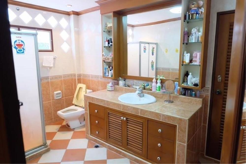 ขาย บ้านเดี่ยว 5 ห้องนอน วัฒนา กรุงเทพฯ | Ref. TH-VPREYHPT