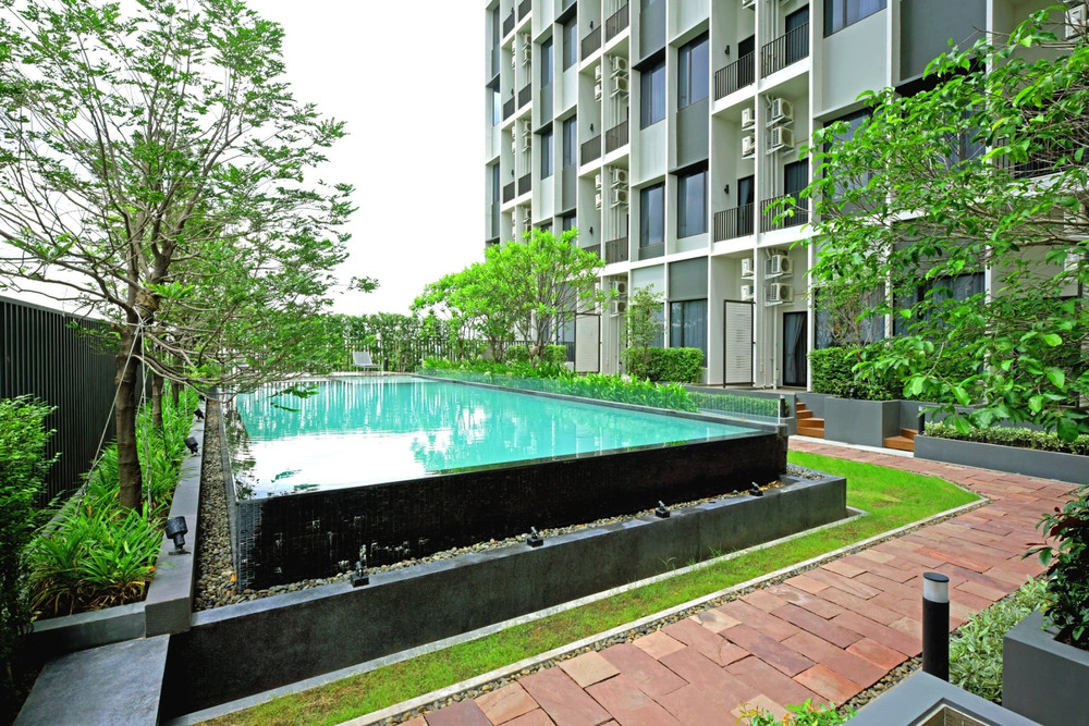 Blossom Condo @ Fashion Beyond - For Sale or Rent 1 Bed Condo in Khan Na Yao, Bangkok, Thailand | Ref. TH-JQLJFRKL