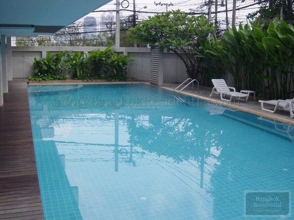 Ruamrudee House - For Rent 3 Beds Condo in Pathum Wan, Bangkok, Thailand | Ref. TH-KLHWXCNE