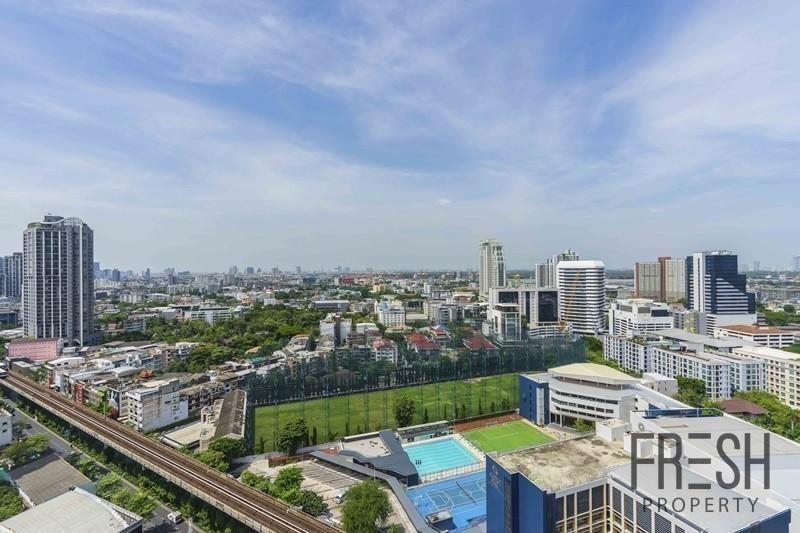 The Lofts Ekkamai - Продажа: Кондо с 2 спальнями возле станции BTS Ekkamai, Bangkok, Таиланд | Ref. TH-YNNARMUC