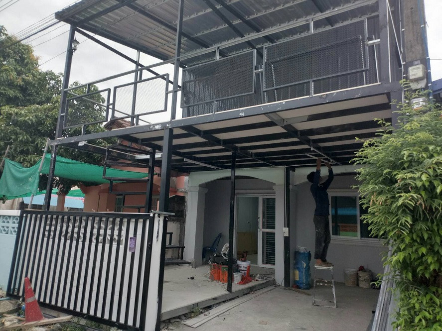 For Sale 2 Beds タウンハウス in Sam Khok, Pathum Thani, Thailand | Ref. TH-ESYFIZKL