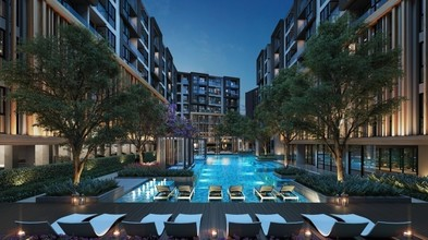 Located in the same building - The Excel Hideaway Sukhumvit 50