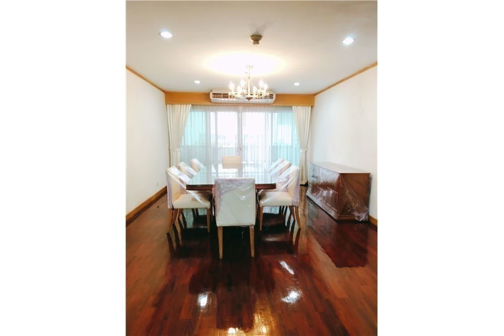 G.M. Tower - For Rent 3 Beds Condo in Khlong Toei, Bangkok, Thailand | Ref. TH-YNPEJZRV