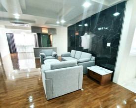 Located in the same area - President Park Sukhumvit 24