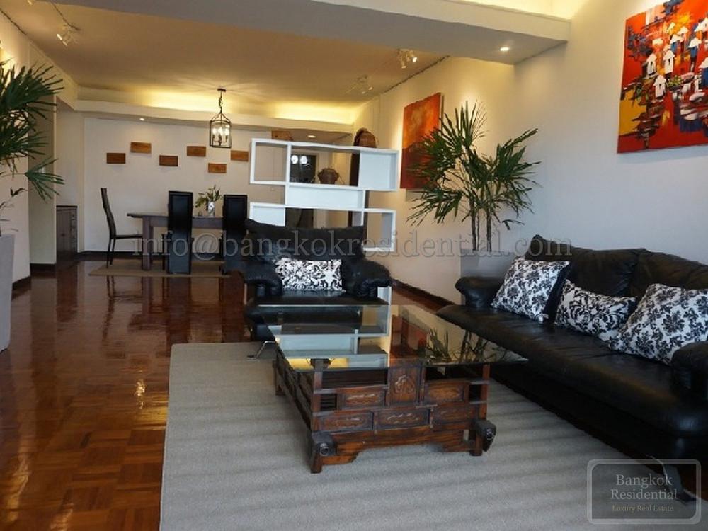Baan Prida - For Rent 3 Beds Condo Near BTS Nana, Bangkok, Thailand   Ref. TH-WBYTKOOL