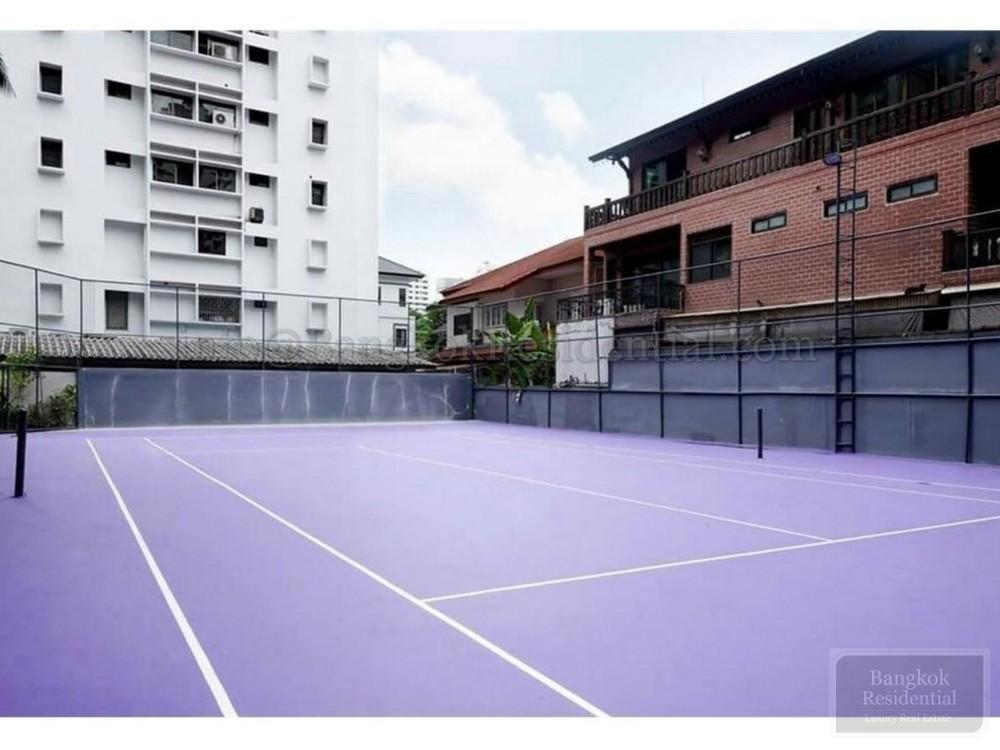 Villa Bajaj - For Rent 3 Beds Condo Near MRT Sukhumvit, Bangkok, Thailand | Ref. TH-HDFPTMIN