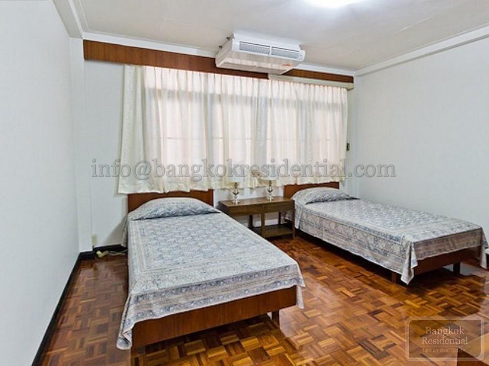 White Mansion - В аренду: Кондо с 2 спальнями возле станции BTS Phrom Phong, Bangkok, Таиланд   Ref. TH-MICJZBED