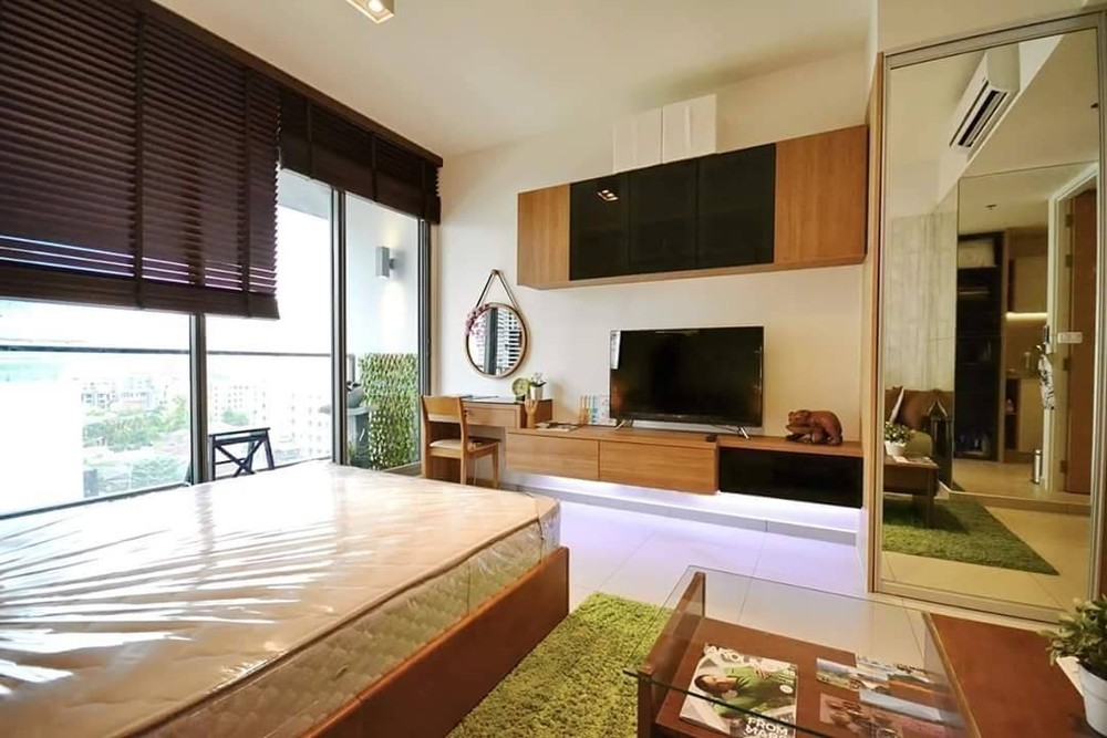 The Lofts Ekkamai - В аренду: Кондо 35 кв.м. возле станции BTS Ekkamai, Bangkok, Таиланд | Ref. TH-FUVGWAPJ