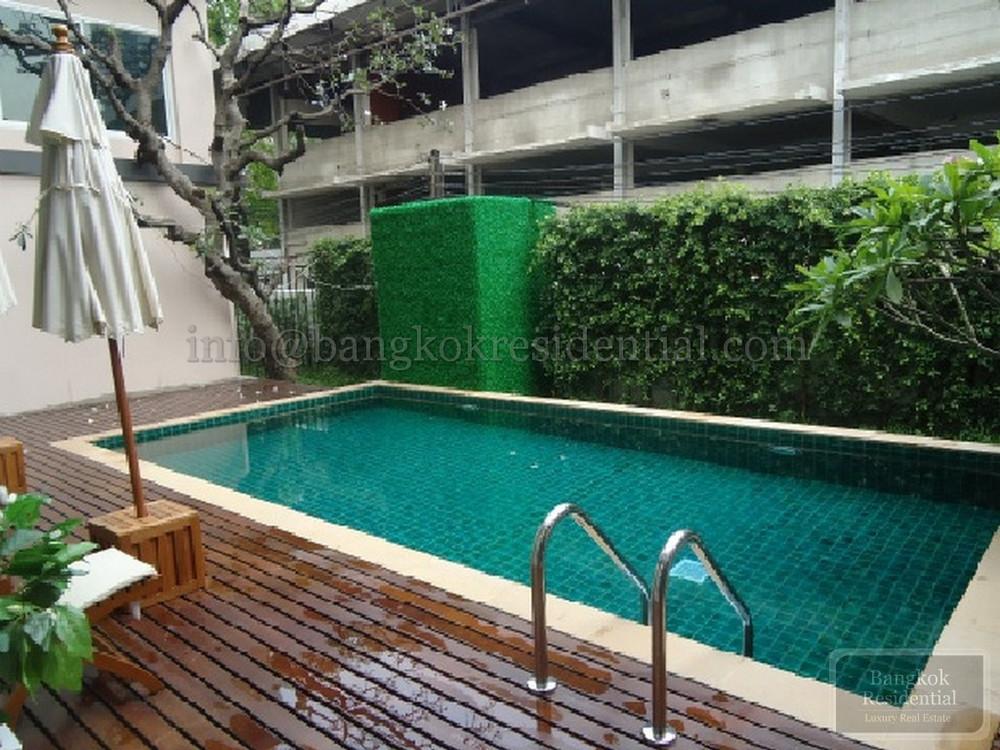 Story at Bangkok - В аренду: Кондо c 1 спальней возле станции BTS Phrom Phong, Bangkok, Таиланд | Ref. TH-UWARSSDJ