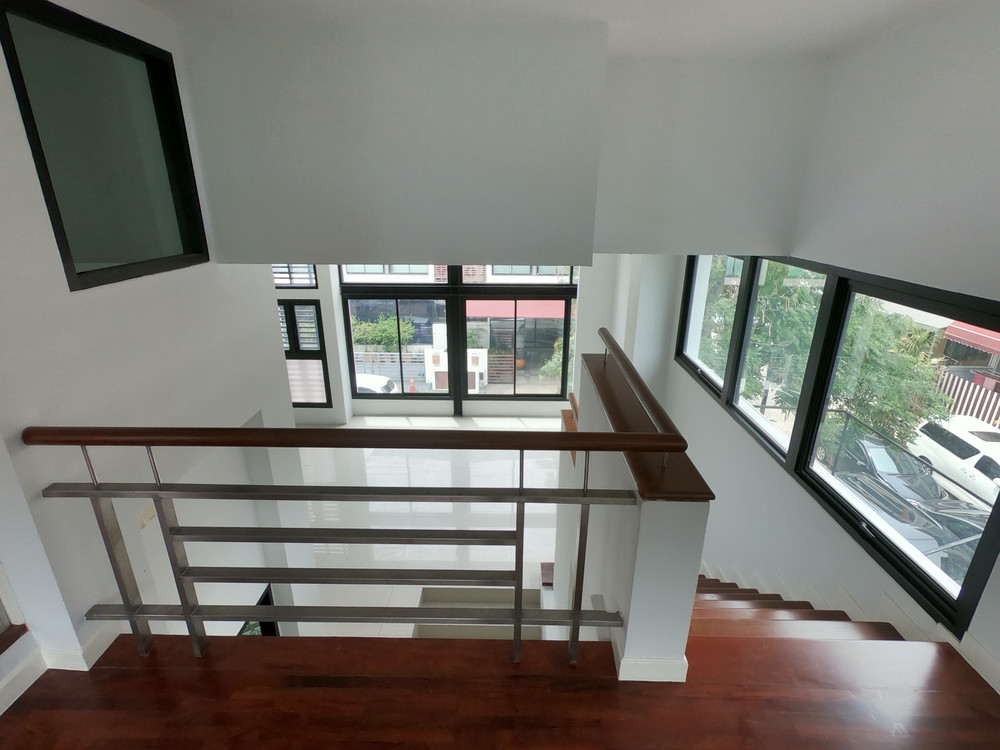 For Sale 2 Beds Townhouse in Wang Thonglang, Bangkok, Thailand | Ref. TH-BGCCORPA