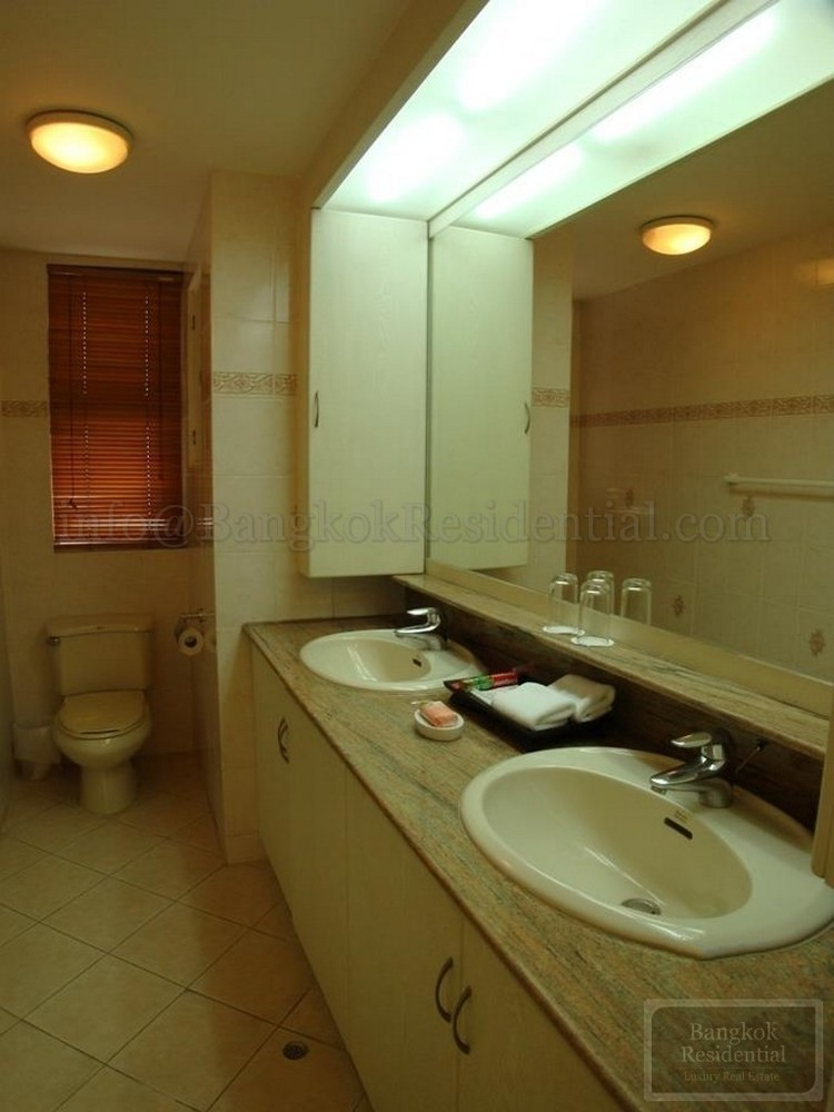 The Heritage - Продажа или аренда: Кондо с 3 спальнями возле станции BTS Nana, Bangkok, Таиланд   Ref. TH-VKOXGUCH