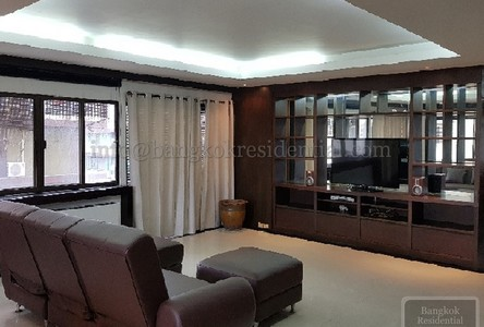 For Sale or Rent 2 Beds Condo Near BTS Nana, Bangkok, Thailand