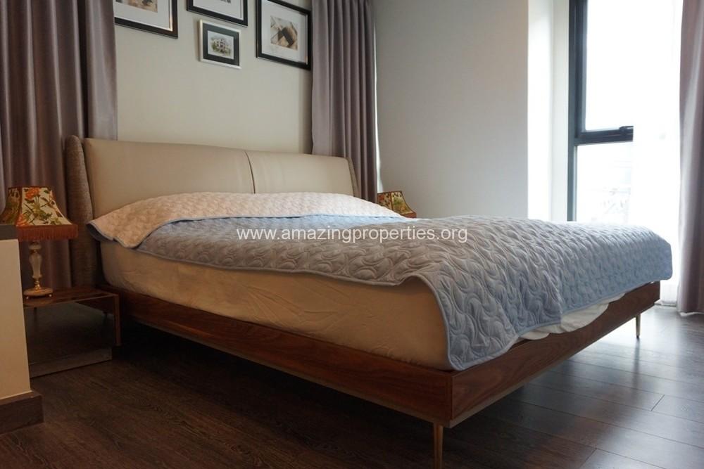 เรนด์ สุขุมวิท 23 - ขาย หรือ เช่า คอนโด 2 ห้องนอน ติด MRT สุขุมวิท | Ref. TH-AXEWCDLY