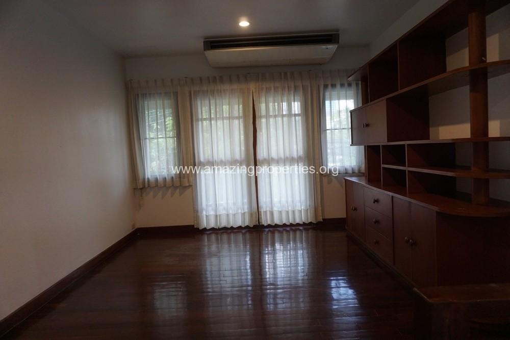 ให้เช่า บ้านเดี่ยว 2 ห้องนอน ปทุมวัน กรุงเทพฯ | Ref. TH-WOFUAHJK