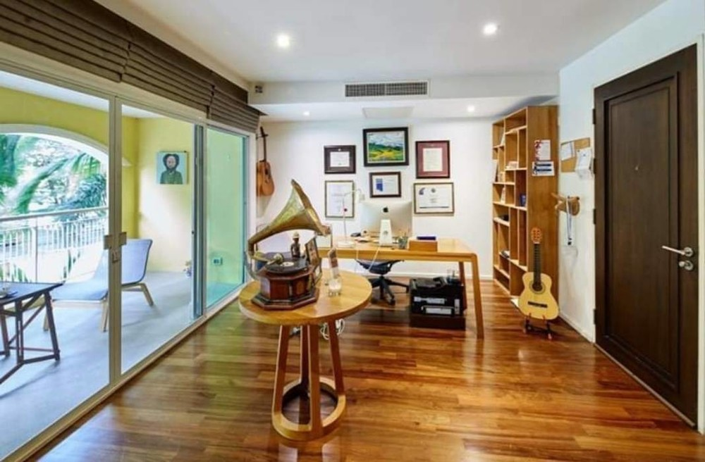 Silver Heritage - Продажа или аренда: Кондо с 5 спальнями возле станции BTS Thong Lo, Bangkok, Таиланд   Ref. TH-QURYWNFS