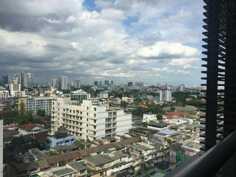 The Lofts Ekkamai - Продажа или аренда: Кондо c 1 спальней возле станции BTS Ekkamai, Bangkok, Таиланд | Ref. TH-VFATIVTY