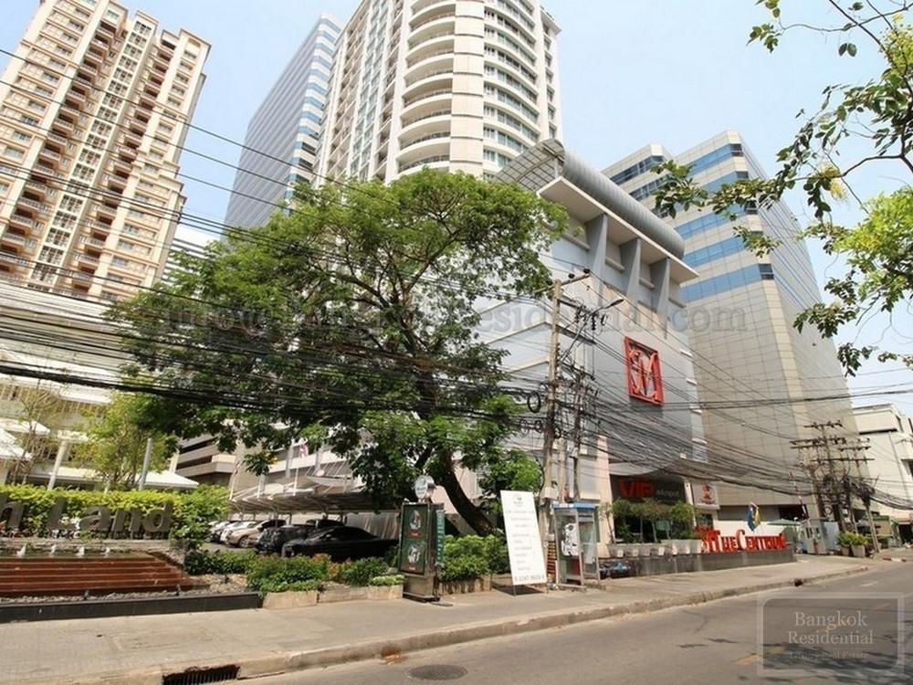 The Master Centrium Asoke - Sukhumvit - For Sale or Rent 3 Beds Condo Near MRT Sukhumvit, Bangkok, Thailand   Ref. TH-WNCDVDRI