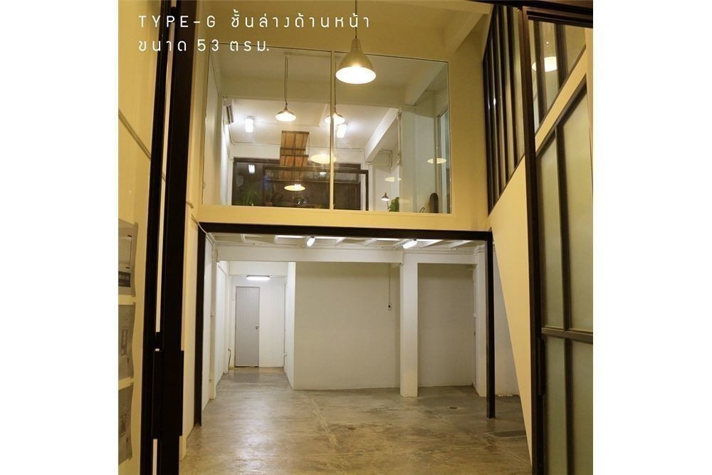 For Sale 8 Beds Townhouse in Khlong Toei, Bangkok, Thailand | Ref. TH-TRDDGJVK